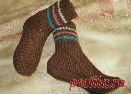 Оригинальные носочки на двух спицах… Если в доме есть только две спицы — это не повод оставаться без вязаных носков! — Це Цікаво