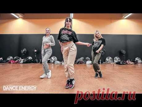 Dance Monkey - Tones and I  / Choreography by Desireé Leucci / DANCE ENERGY STUDIO - YouTube