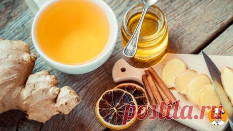 Это точно скоро пригодится! Готовим волшебный имбирный чай. Он улучшает кровообращение, тонизирует, защищает от простуд и согревает, стимулирует пищеварение, разжижает кровь.  Ингредиента на 0,5 литра воды:   Свежий корень имбиря (3-4 см).  Кардамон - 2 стручка  Щепотка корицы  Чайная ложка зеленого чая  3 ч. лож. цветочного меда (можно и больше)  Гвоздика (по желанию)  Половина лимона  Приготовление напитка: 1. Доводим воду до кипения и добавляем туда все ингредиенты кром...