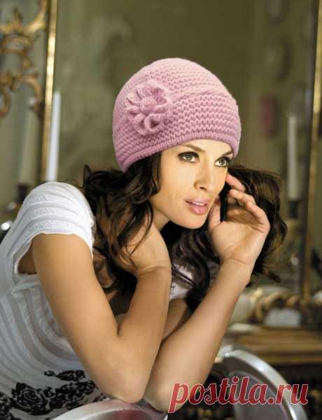 Вязаные шапки для женщин 50 лет фото - какую выбрать