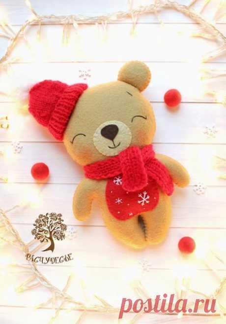 Шьем милую детскую игрушку из фетра «Новогодний Мишка»