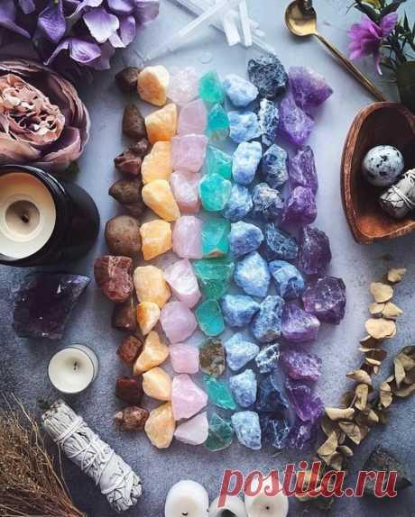 Подбираем камень-оберег по знаку Зодиака и дню рождения.