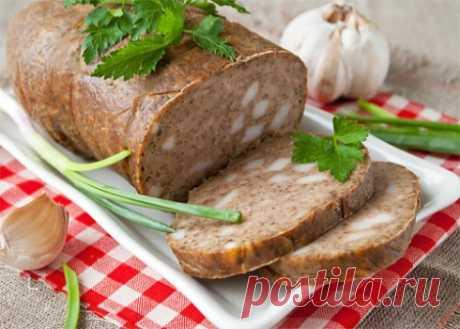 Домашняя печеночная колбаса с салом и чесноком - получается толстой, легко режется на ровные кусочки
