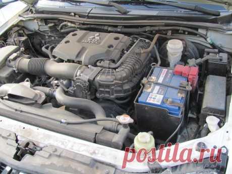 Почему появляется стук на горячем и холодном двигателе, а также холостом ходу