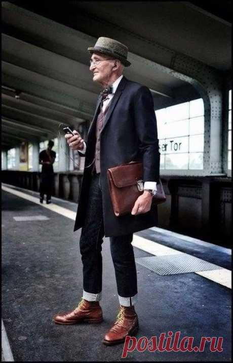 Дедушка на стиле