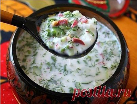 5 самых вкусных холодных супов  1. Окрошка  Идея этого супа очень проста - мелко нарезать свежие овощи и залить холодной жидкостью. Даже варить его не нужно! Потому и назвали блюдо «окрошка» - от глагола «крошить».  Традиционной основой этого супа считается квас, но для гастрономического разнообразия можно также использовать кефир, кислое молоко, йогурт, минеральную воду, сыворотку и воду с уксусом. Еще один нюанс: колбасу можно заменить отварным мясом.  Ингредиенты:  Яйцо...