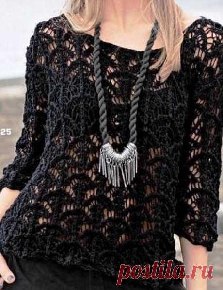 Черный просторный пуловер