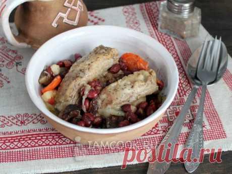 Свиные ребрышки с фасолью в мультиварке — рецепт с фото на Русском, шаг за шагом. Рецепт вкусных свиных ребер, тушенных с овощами, фасолью, яблоками и грибами. #рецепт #ребрышки #свинина #еда #обед #ужин