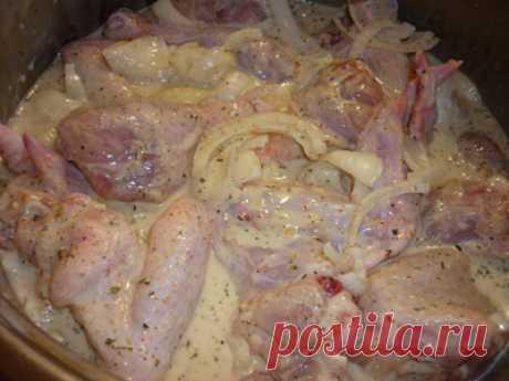 Курица запеченная в кефирном маринаде в мультиварке