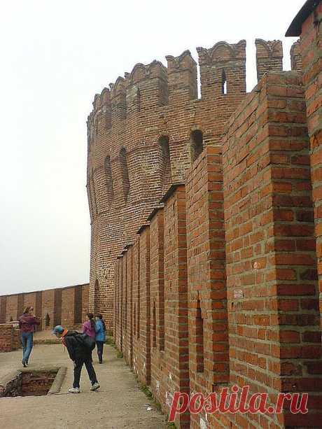 Дети на крепостной стене   ---  Фото - Смоленск - мой город