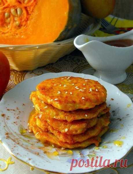 Сырники с грушей (яблоком) на завтрак.