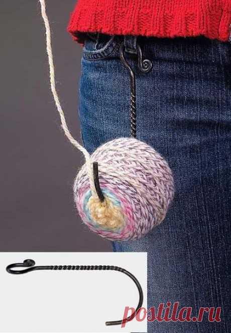 Полезный крючок  Клевое устройство для любителей вязания! https://secondstreet.ru/blog/materiali_i_instrumenti/p..