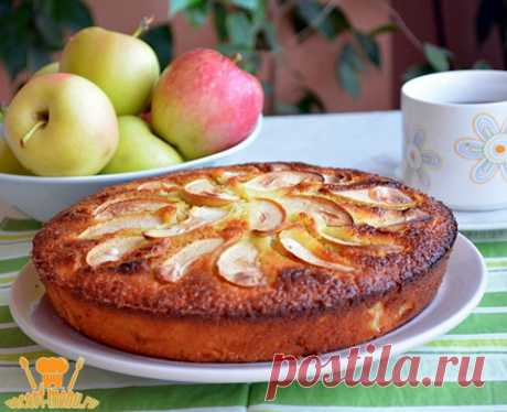 Манник с яблоками на кефире Добавляя в обычный манник сочные яблочки приготовим вкусный манник с яблоками. За основу взят проверенный рецепт манника на кефире.