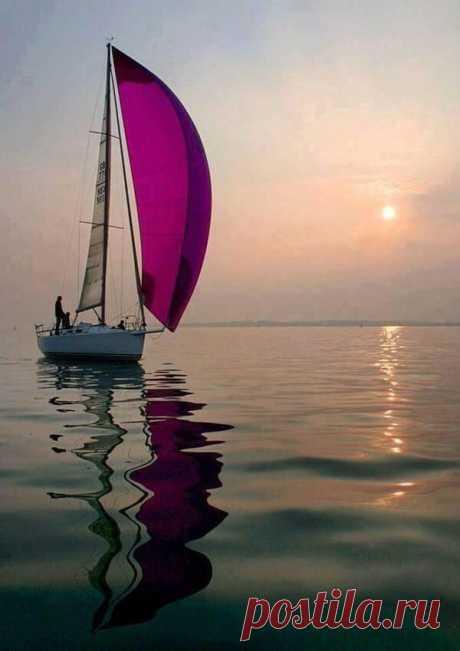 Тишина может быть прекрасной, когда несет на себе печать спокойствия ...                                                     ~  В.Немов ~