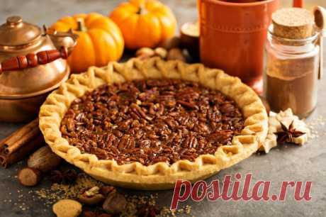 Пирог с грецкими орехами: рецепты от Шефмаркет В сезон щедрого урожая орехов есть отличная возможность насытиться вкусной и полезной выпечкой. Ведь как известно, орехи – ценные источники питания для головного мозга.