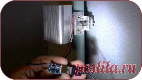 Как получить бесплатное электричество от батареи отопления Здравствуйте, уважаемые читатели и самоделкины!Наверняка каждый из Вас знает, что нагрев помещений от систем центрального отопления осуществляется при помощи радиаторов путем конвекции и теплового излучения. Также многим из Вас известен термоэлектрический элемент Пельтье, на основе которого создают