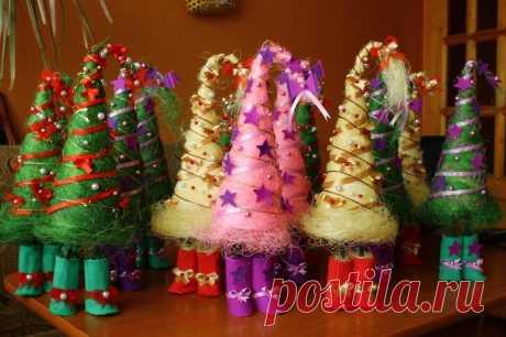 Ёлочки своими руками на Новый год: как сделать, фото идей Как сделать новогоднюю ёлочку своими руками. Пошаговые инструкции по изготовлению. Фотогалерея идей.