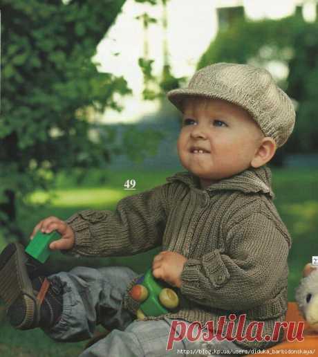 La chaqueta y la visera para el muchacho (Ideal Tricot).