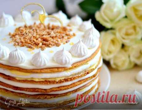 Медовый торт «Полет шмеля». Ингредиенты: яйца куриные, мед, водка