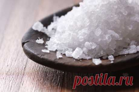 Соль - незаменимый помощник в хозяйстве: 10 секретных приемов