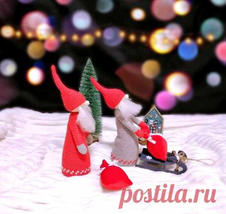 PDF Санта-гном крючком. FREE crochet pattern; Аmigurumi doll patterns. Амигуруми схемы и описания на русском. Вязаные игрушки и поделки своими руками #amimore - Кукла, куколка, дед мороз, санта клаус, гном, гномик, Рождество, Новый год.