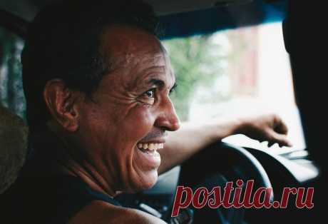 Водительские права. Возврат из ГИБДД после лишения Немало людей, к сожалению, лишаются водительского удостоверения за нарушение ПДД. Проходят сроки наказания, и как же их вернуть? Хотелось ...