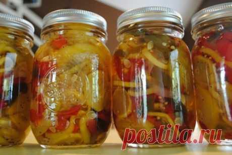 Вкусные салаты из кабачков на зиму / Простые рецепты
