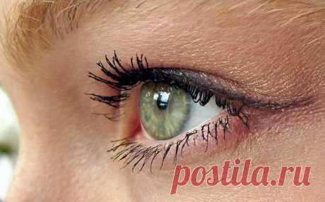 Глаукома лечение народными средствами  Целая группа патологических процессов органов зрения, включающая в себя несколько десятков заболеваний, обозначаются в медицине термином «глаукома». Общими особенностями этих заболеваний являются пре…