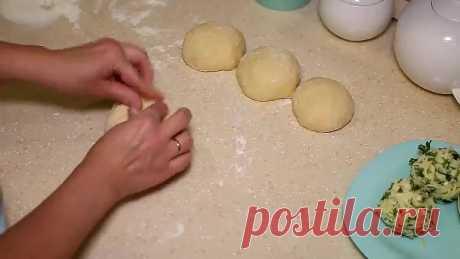 Хачапури на кефире. Невероятно вкусные и быстрые лепешки на завтрак.