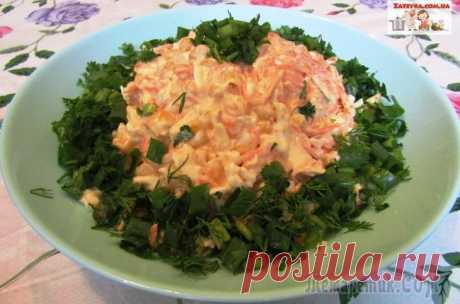 Салат с копченым сыром «Косичка» и морковью по-корейски Салат с копченым сыром «Косичка» и морковью по-корейски очень пикантный и приятный на вкус. Готовится этот салат очень быстро, получается вкусным и ароматным.Ингредиенты:— сыр «Косичка» копченый – 100...