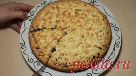 Пирог тертый со вкусной начинкой