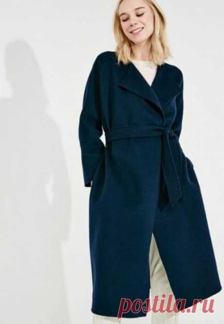 Пальто Weekend Max Mara  за 58 299 руб. в интернет-магазине Lamoda.ru Пальто Weekend Max Mara выполнено из легкого шерстяного драпа. Особенности: карманы в боковых швах, пояс, без подкладки.