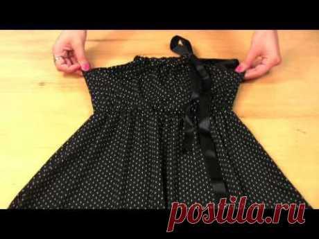 ВИДЕО - 4 модели !   ПЛАТЬЕ летнее из трикотажа ! Сшить  такое платье нет ничего проще ! Смотрите и пробуйте ! Девушка  - просто умница !  На Ютюбе большое количество её работ, это лишь малая часть.