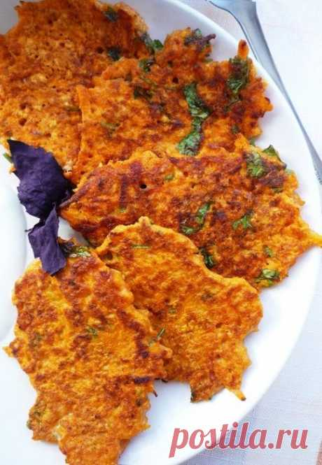 Carrot and tomato fritters