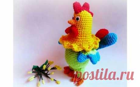 Разноцветный петушок. Вязаная игрушка спицами. Описание Руководство по вязанию крючком игрушки «Разноцветный петушок»