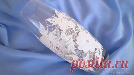 Имитация вышивки Ришелье. Декор стеклянной вазы – Ярмарка Мастеров