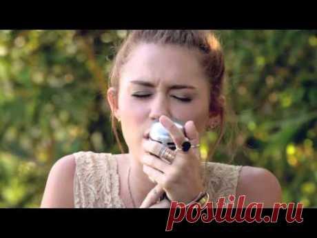 "Miley Cyrus - The Backyard Sessions - ""Jolene"""