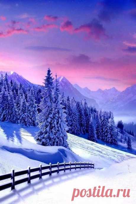 Зимнее утро в горах