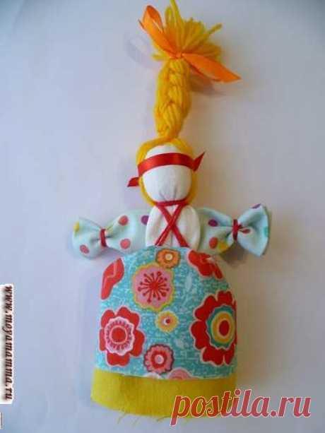 Кукла Веснянка Пошаговый мастер-класс для детей Кукла Веснянка. Мастер-класс для детей по изготовлению славянского оберега куклы Веснянка с подробным описанием и пошаговыми фотографиями.