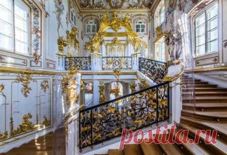 Красоты Петергофа (фонтаны): фото и описание