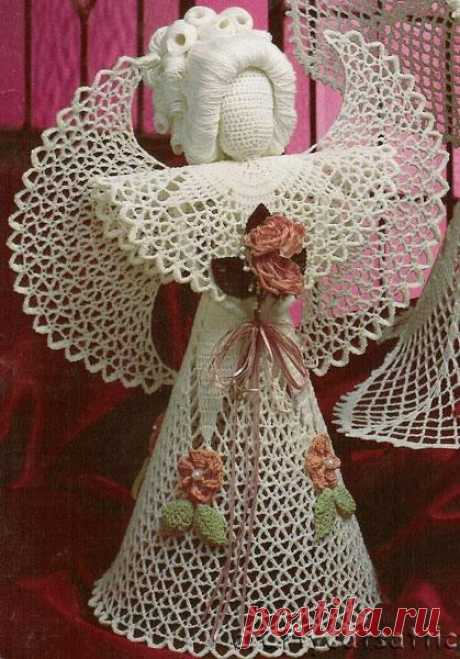 Knitted angels.