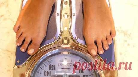 Китайский врач дал советы по похудению без голодания Для снижения веса китайская медицина рекомендует не голодать, а удовлетворять своипотребности в пище на 50–70%, рассказал главныйврач одной из клиникв Пекине Лю Цзиньюань.