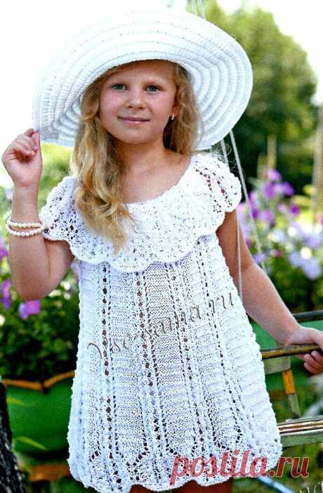 Ажурное платье спицами с кокеткой - Детские платья, сарафаны спицами