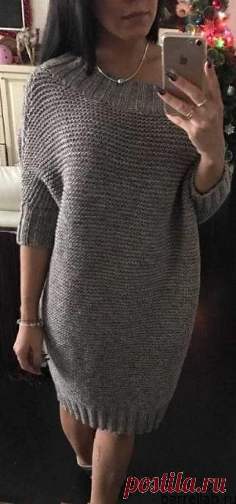 Серое платье спицами. Теплое платье платочной вязкой спицами |