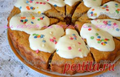 Рецепт вкусного морковного пирога с бананами  Морковные пироги - очень вкусные и красивые. Хочу предложить вам рецепт вкусного морковного пирога с добавлением банана. Вкус сбалансированный и насыщенный, бесподобный аромат банана и корицы. Не пирог, а наслаждение! Украсить пирог вы можете сметанным кремом (как я) или просто посыпать сахарной пудрой. Попробуйте!  Для приготовления вкусного морковного пирога вам потребуется:  1 средняя морковь;  2 средних банана;  2 яйца;  15...