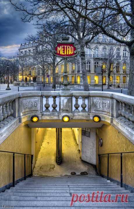"""Metro de Les Champs Elysees (Paris) Para ver mi colección """"París"""" pulsa aquí"""