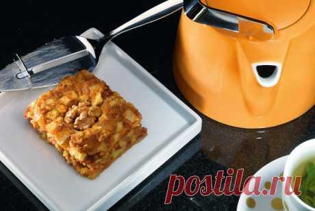 Яблочно-финиковое пирожное рецепт – выпечка и десерты.