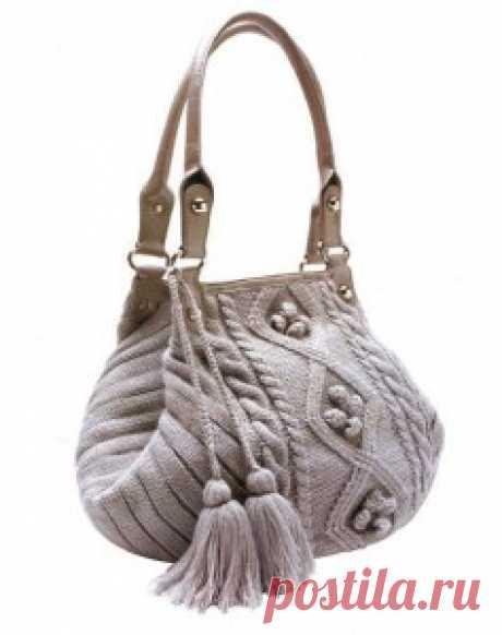 Вязаная сумка спицами с аранским узором и отделкой из кожи