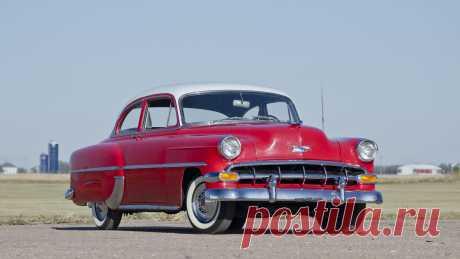 1954 Chevrolet 210 | F82. 1 | Чикаго 2015 / Аукционы Mecum 1954 Chevrolet 210 представлен как Лот F82. 1 в Шаумбурге, Иллинойс