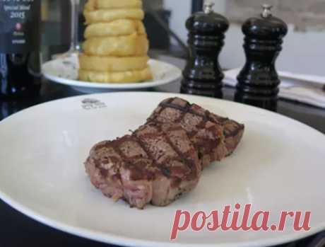 Нежное говяжье филе на сковороде